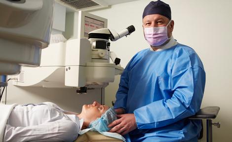 Ophthalmologist Sydney - Dr. Con Moshegov